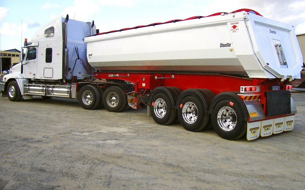 Side Tippers,Low loader,End tippers,Dollys & Made to suit